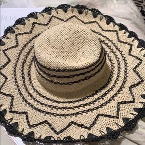Accessories - Stylish Sun Hat